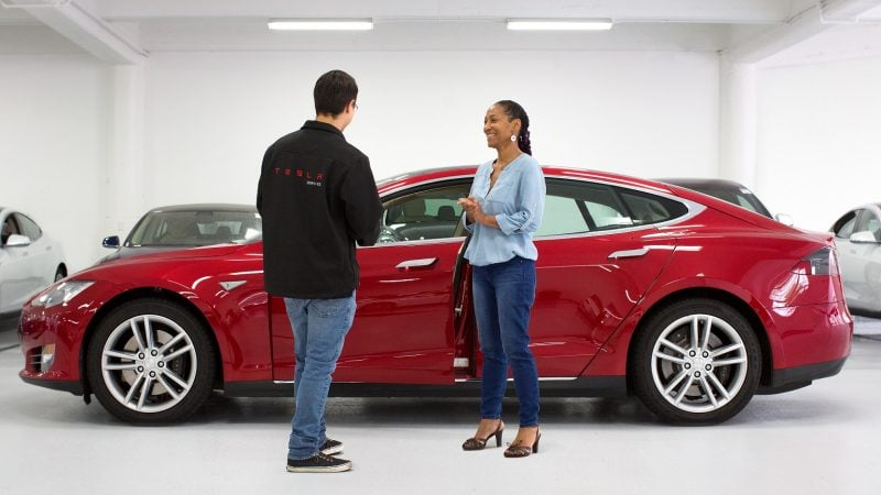 No Tesla Dealerships: Why the Tesla Store is the Future of Car Buying 1