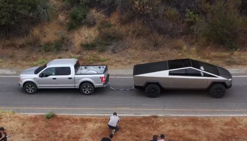 Tesla Cybertruck Tows Ford F-150 Up a Hill in Tug of War Video 1